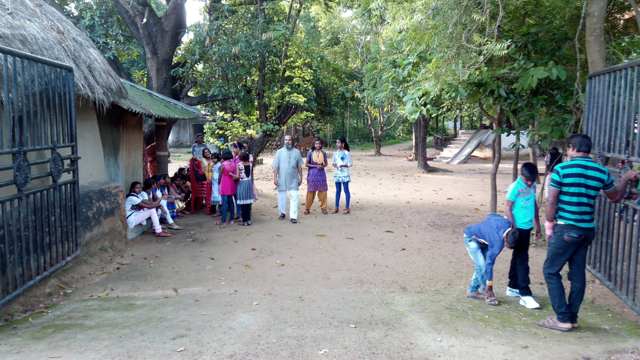 A peek inside the campus of 'Kalyan Sangha', on the morning of the Excursion
