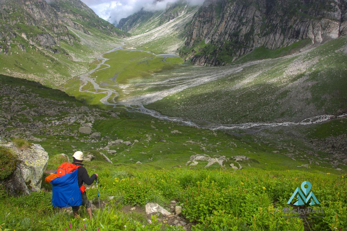 Duhangan river trek