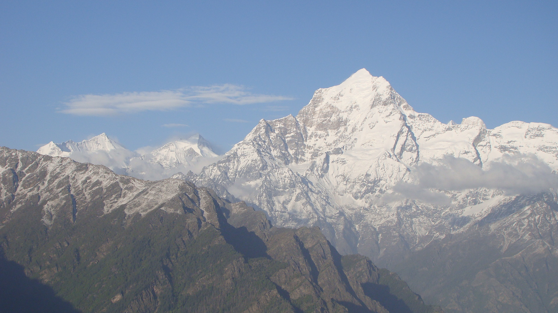 Dazzling Dunagiri with sister peaks forming north wall of Nandadevi Inner Sanctuary