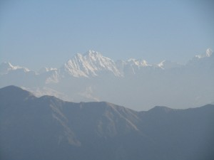 View from Chandrashila top : Left to right - Mt Mandani , Mt Satopanth, Mt Janhukut